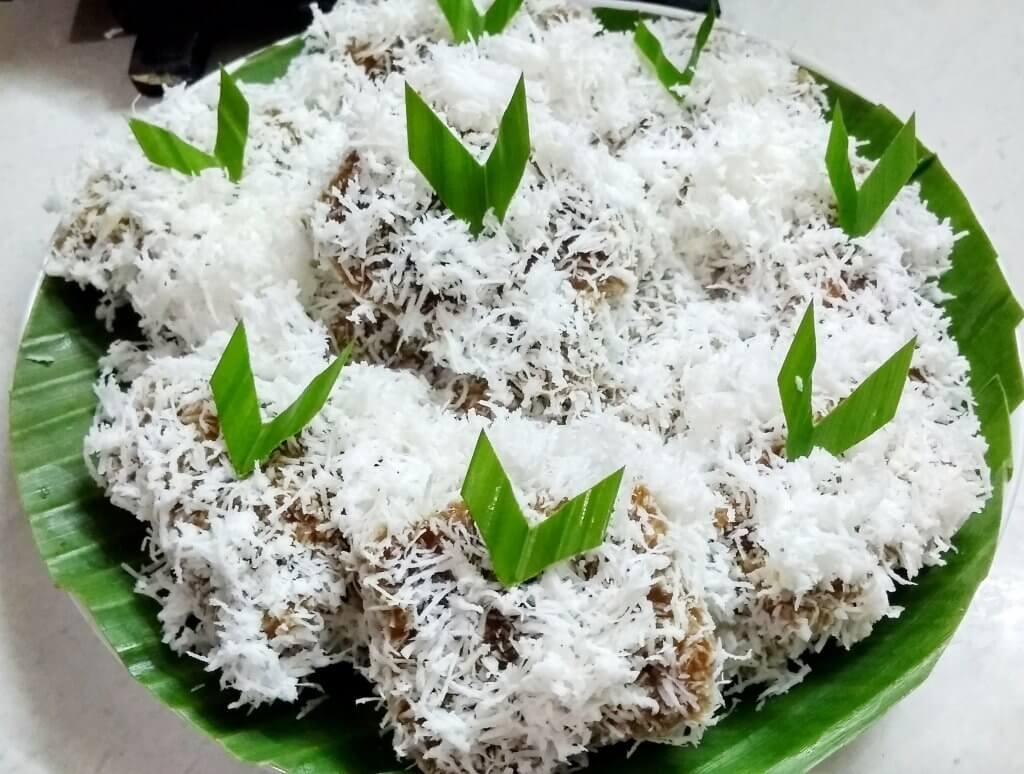 Resep kue Ongol Ongol Sagu merah