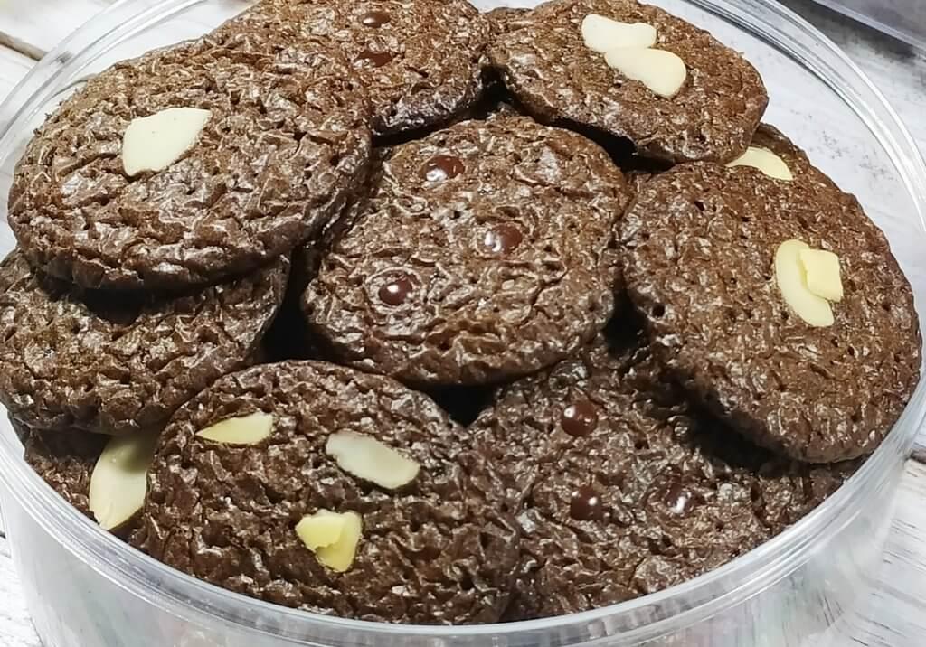 Resep brownies kering crispy yang nyoklat banget