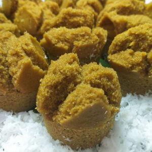 cara membuat kue mangkok gula merah mekar, cara membuat kue gula merah tepung beras