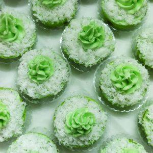 Resep klepon cupcake enak dan wangi, klepon cupcake pandan
